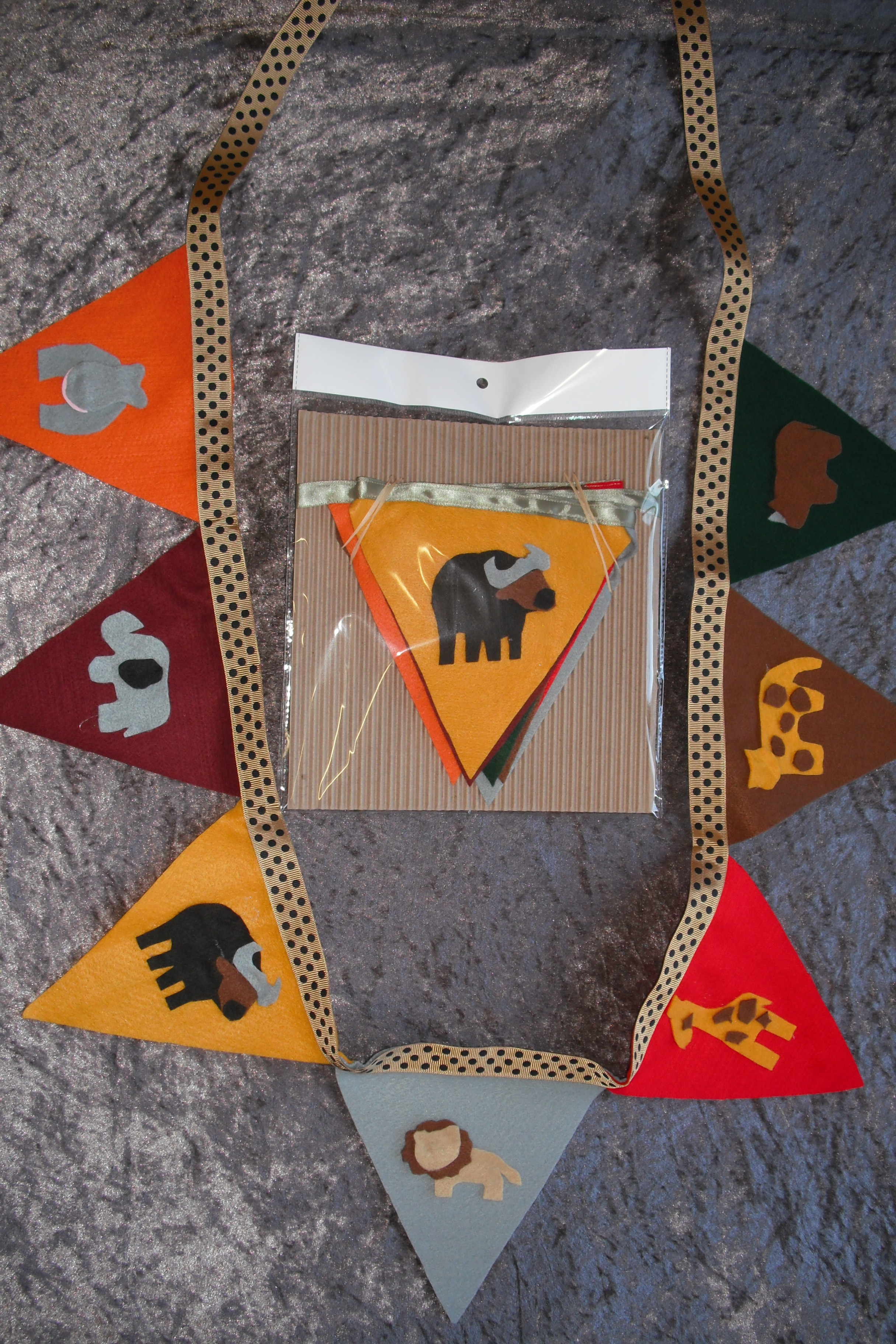 Felt Bunting Flags- Wild animals (2m)